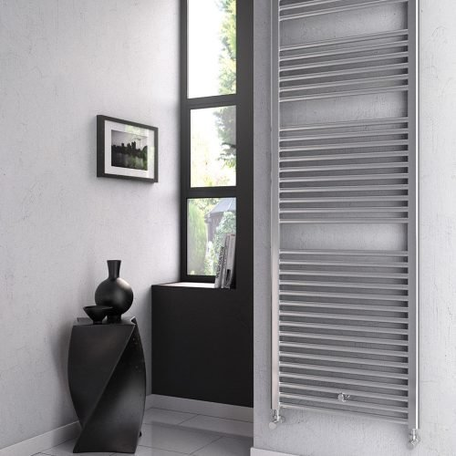 Room_2_Roma_Chrome_Heated Towel Rail