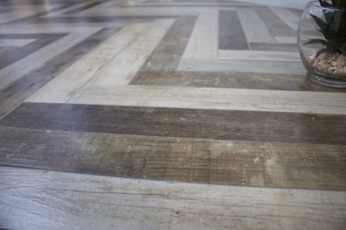 Undefasa Wood Effect Tile