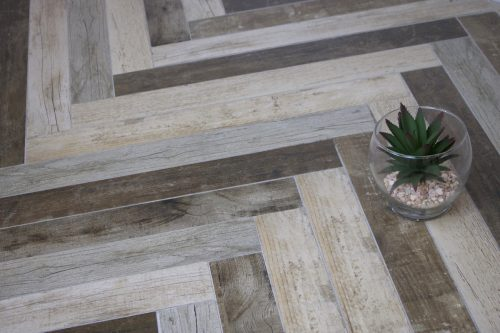 Undesfassa Wood Effect Tiles